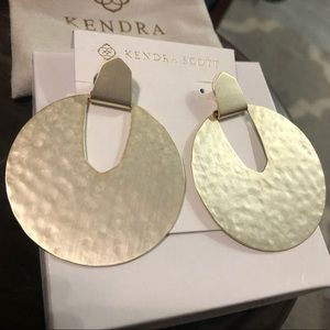 Kendra Scott Diane Statement Earring in Gold